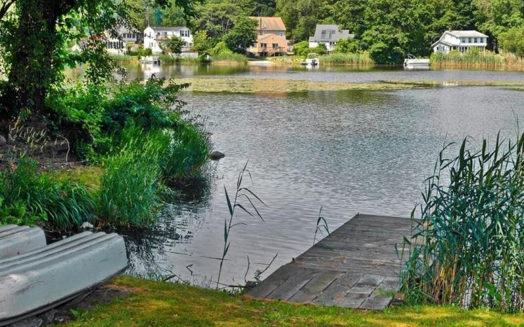Pillings Pond photo of dock